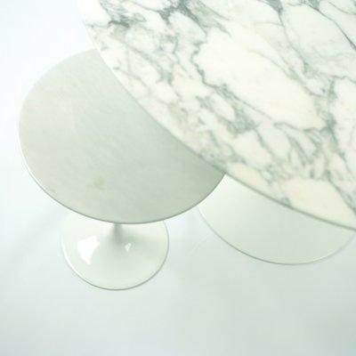 Knoll Saarinen table