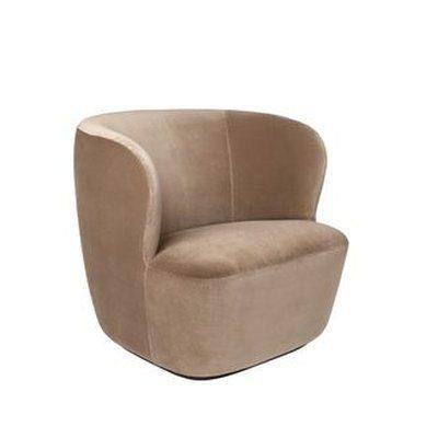 Stay-lounge-chair-gubi